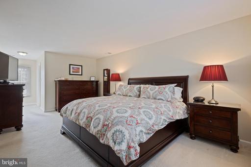 5500 Hampton Forest Way Fairfax VA 22030