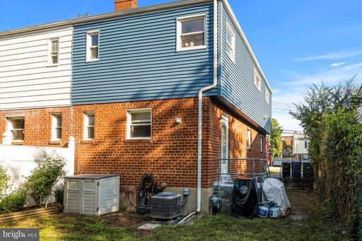 3916 Vermont Ave Alexandria VA 22304