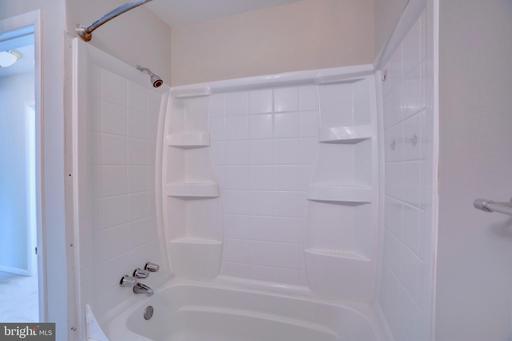 14731 Wycombe St Centreville VA 20120