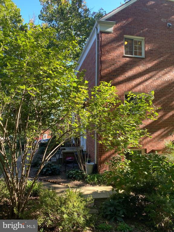 Photo of 3626 Gunston Rd