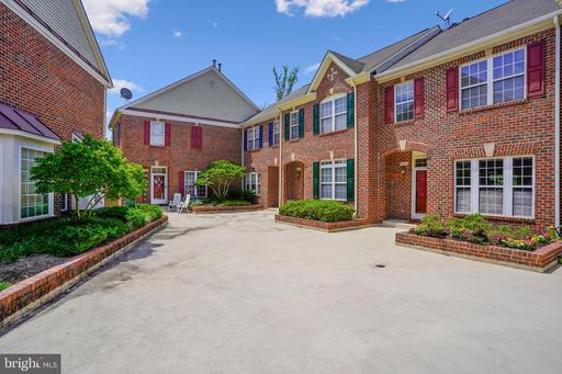 6090 Madison Pointe Ct