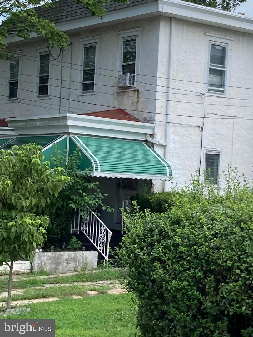 127 E Spring Avenue Ardmore, PA 19003