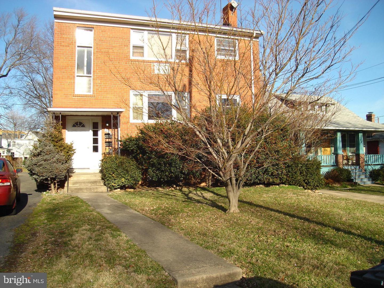 311 Bryan Street   - Arlington, Virginia 22201