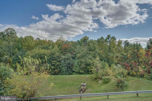 6339 Shirey Ln Centreville VA 20121
