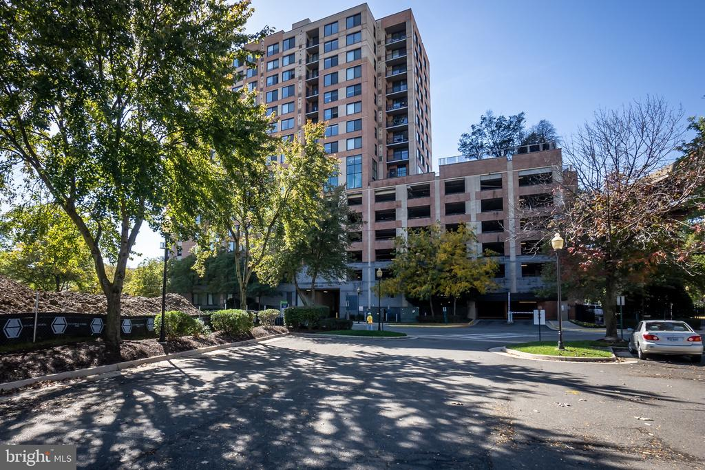 Photo of 2451 Midtown Ave #518