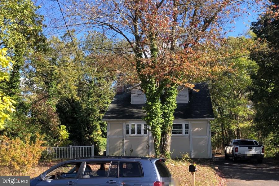 21 Passaic Ave, Livingston, NJ, 07039
