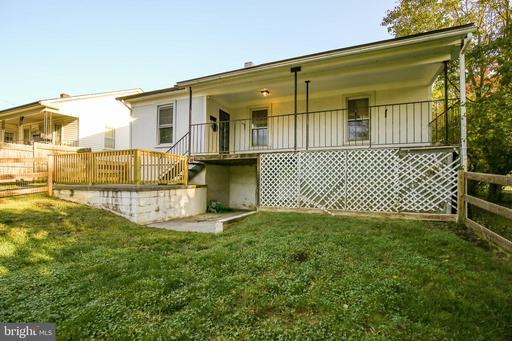 511 E Main St Berryville VA 22611