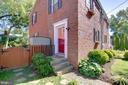 2901 Mosby St