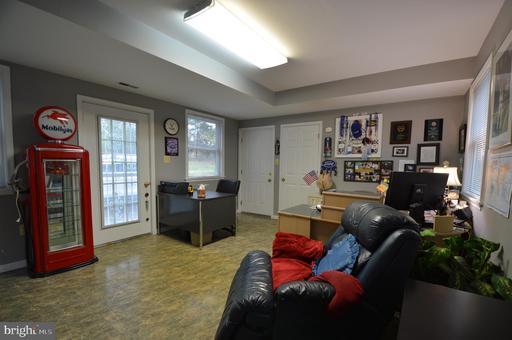 3806 Rugby Rd Fairfax VA 22033