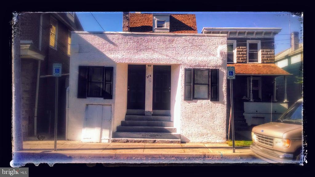 272 W Maple Street Ambler, PA 19002