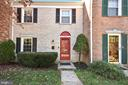 5834 Wyomissing Ct