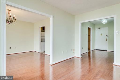 3705 S George Mason Dr #2215s, Falls Church, VA 22041