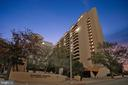 1301 N Courthouse #1607
