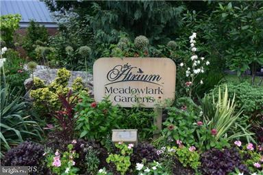 9900 Rosewood Hill Cir Vienna VA 22182