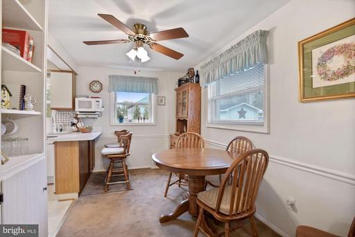 10646 Maple St Fairfax VA 22030