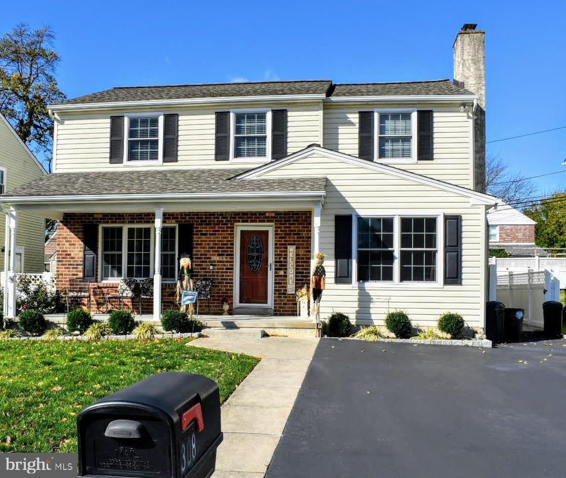 308 Greenbriar Lane Havertown, PA 19083