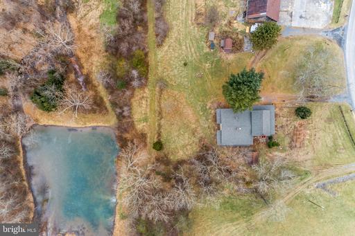 1247 Middle Fork Rd Cross Junction VA 22625
