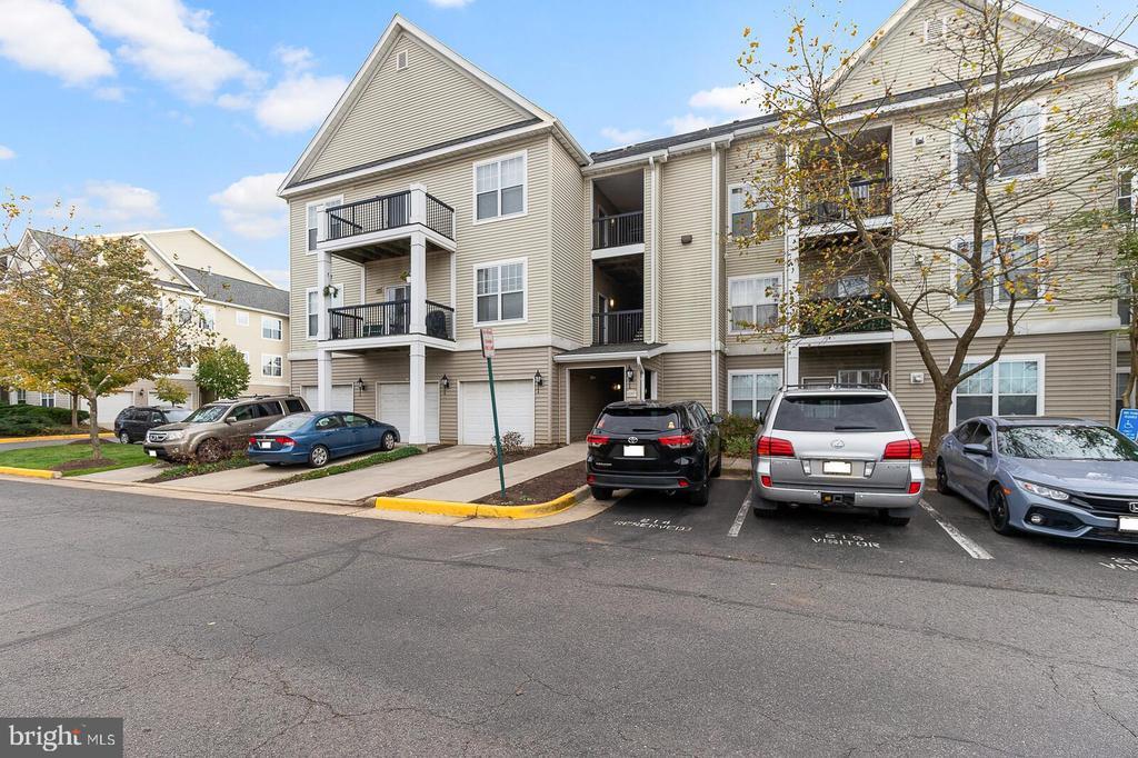 13357-F Connor Dr #F, Centreville, VA 20120