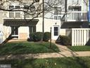 7224 Rolling Rd