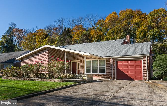 40 S Brookside Road Springfield, PA 19064