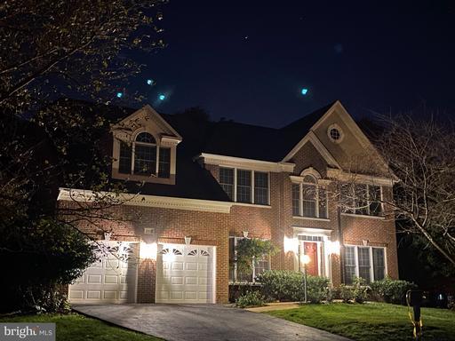 12905 Monroe Manor Dr Herndon VA 20171
