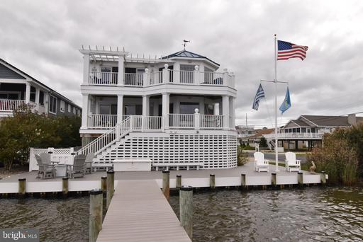 BAY STREET, FENWICK ISLAND Real Estate