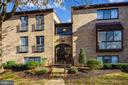 2044 Royal Fern Ct #21a