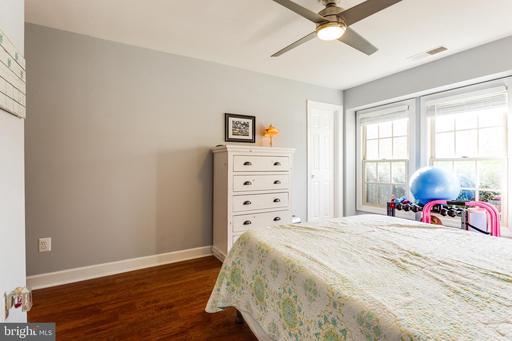 12205 Fairfield House Dr #602b, Fairfax 22033