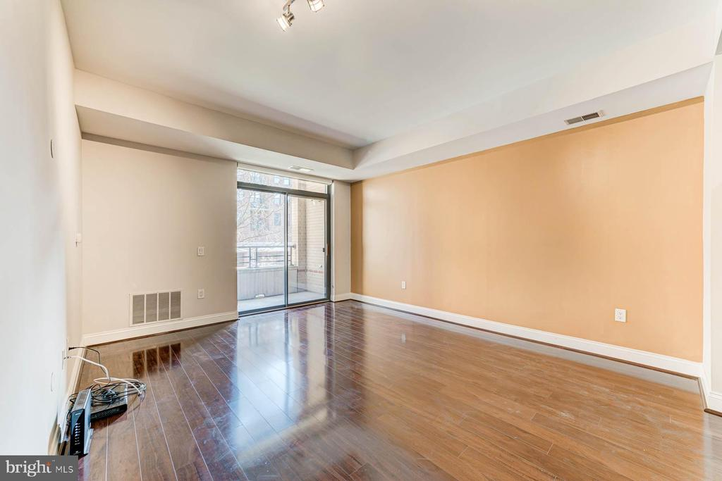 Photo of 525 N Fayette St #220