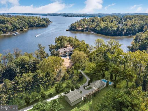 29 Homeport Dr, Edgewater, MD 21037