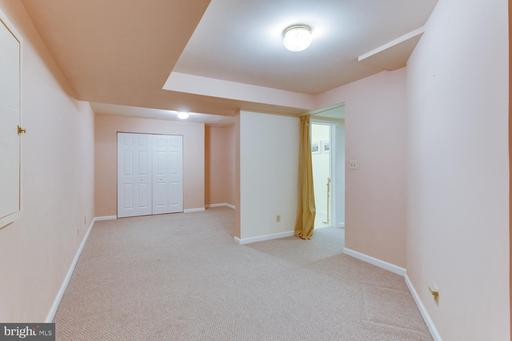1508 Forest Ln, McLean 22101