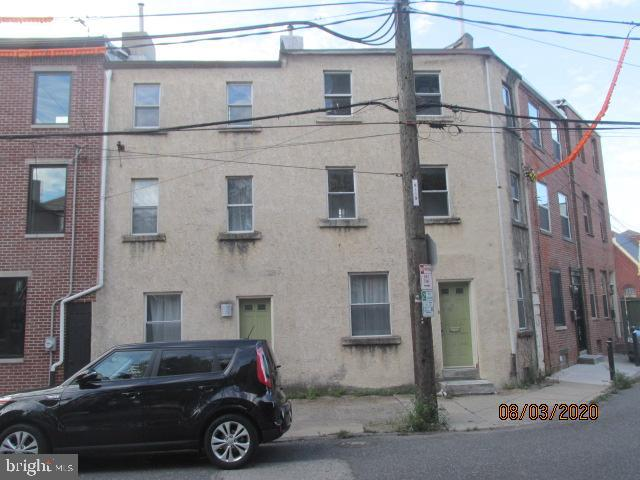 One of a kind side by side Trinity just waiting on your imagination. Located on a quiet street but just a block away from Northern Liberties hot spots on 2nd Street.  Ready for your vision is a 1st floor kitchen and laundry. Two staircases lead to four spacious bedrooms with two baths. Third floor bedrooms are bright with vaulted ceilings and exposed bricks and beams. Come see it for yourself!