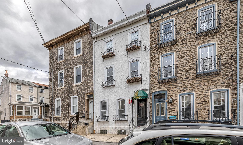 179 Dupont Street Philadelphia, PA 19127