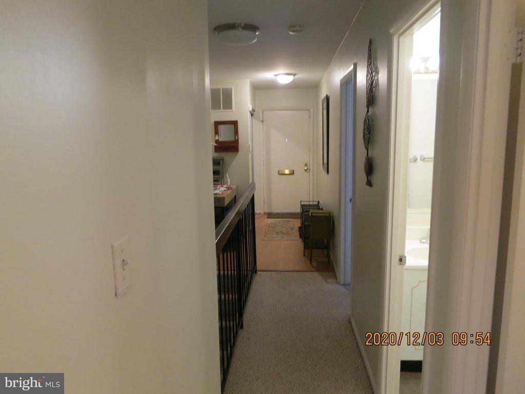 1641 S Hayes St S #1, Arlington, VA 22202