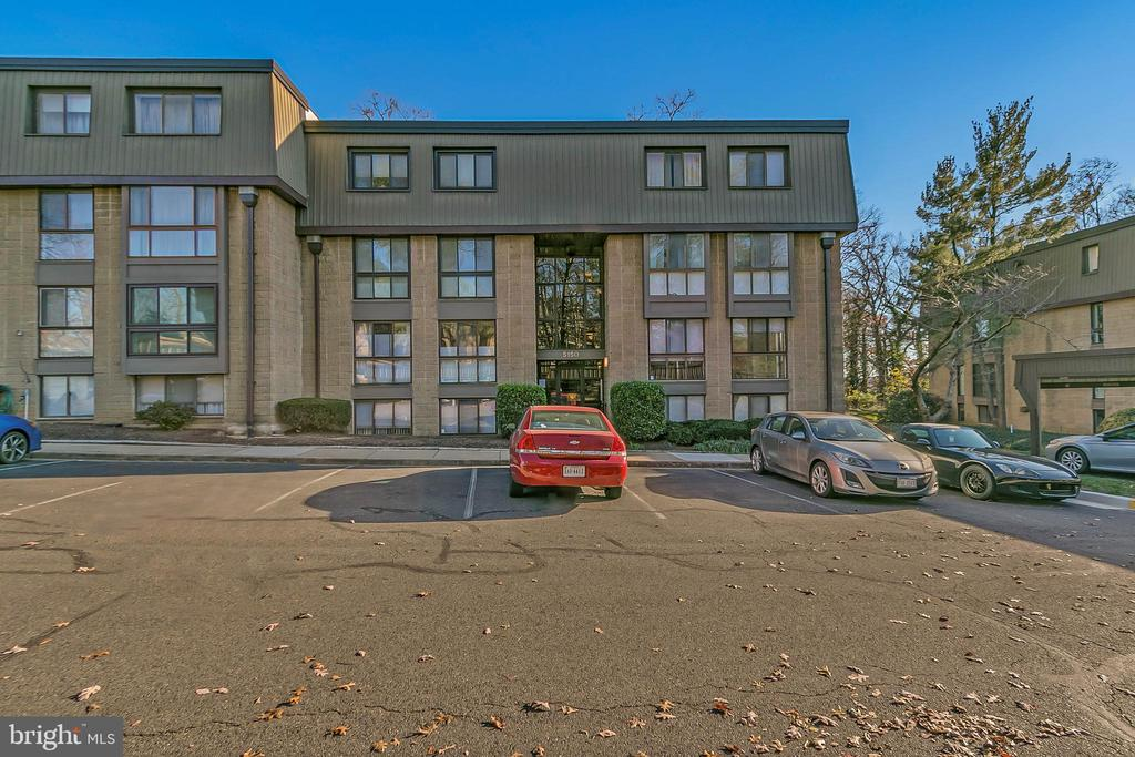 Photo of 5150 Maris Ave #201