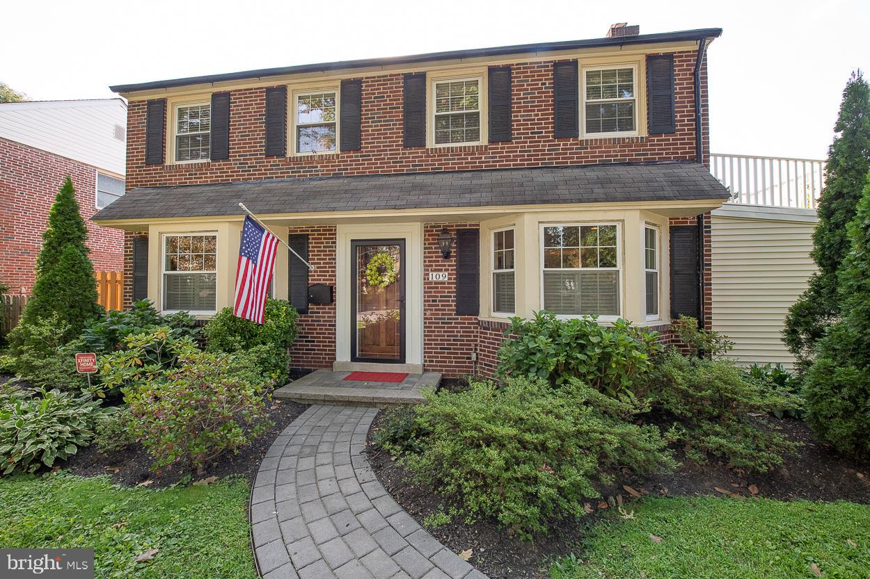 109 Overbrook Parkway Wynnewood, PA 19096