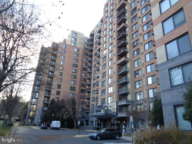 Photo of 2451 Midtown Ave #302