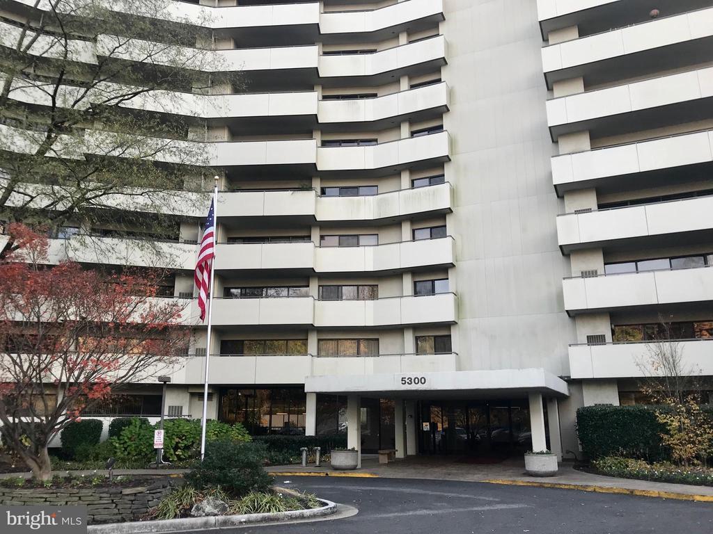 5300 Columbia Pike #814, Arlington, VA 22204