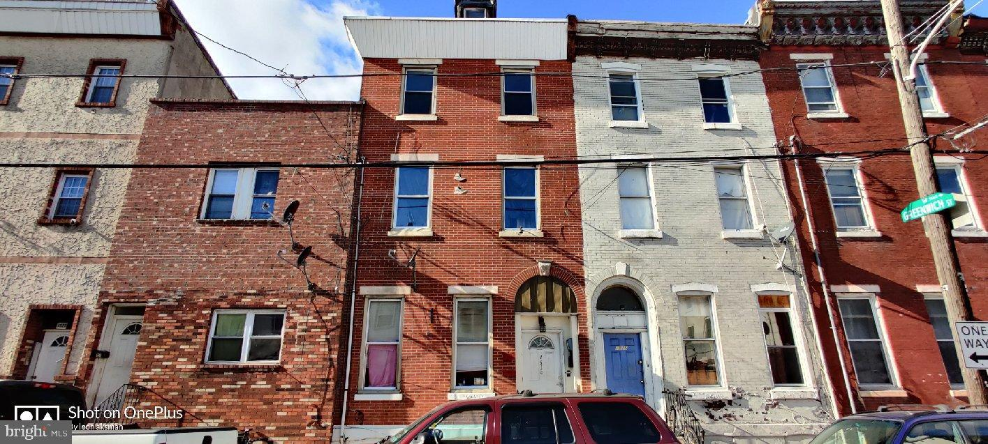 1518 S 6th Street Philadelphia, PA 19147