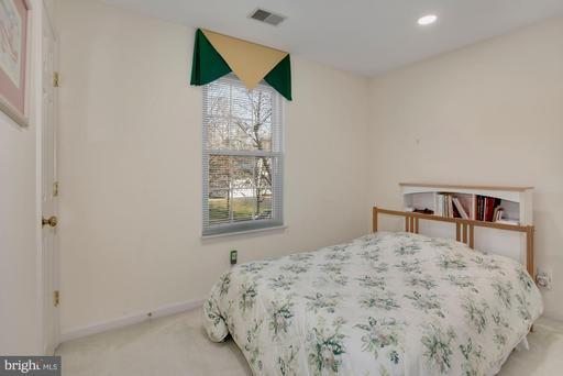 5799 Birch White Ct Woodbridge VA 22193