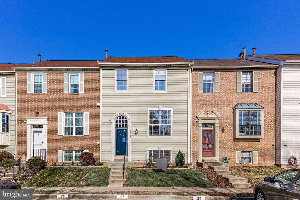 2704 Sherwood Hall Ln, Alexandria, VA 22306