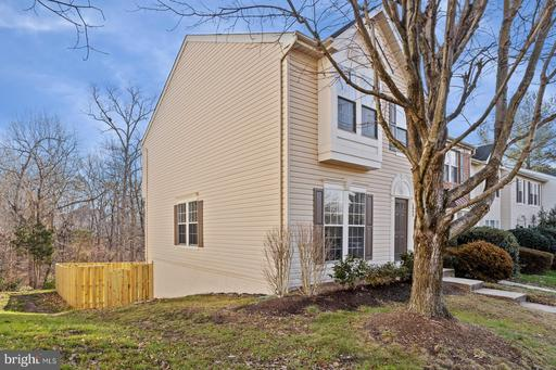 6893 Ridge Water Ct, Centreville 20121