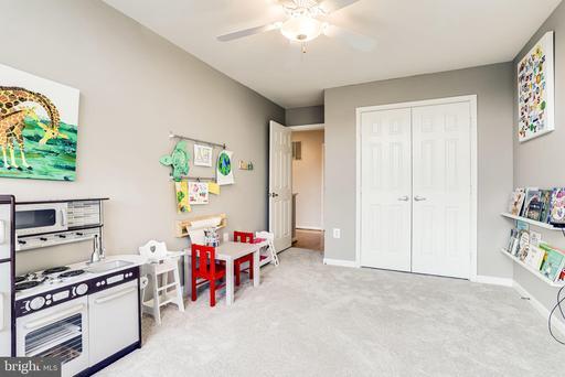 1302 Pavilion Club Way Reston VA 20194