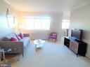 200 N Maple Ave #401