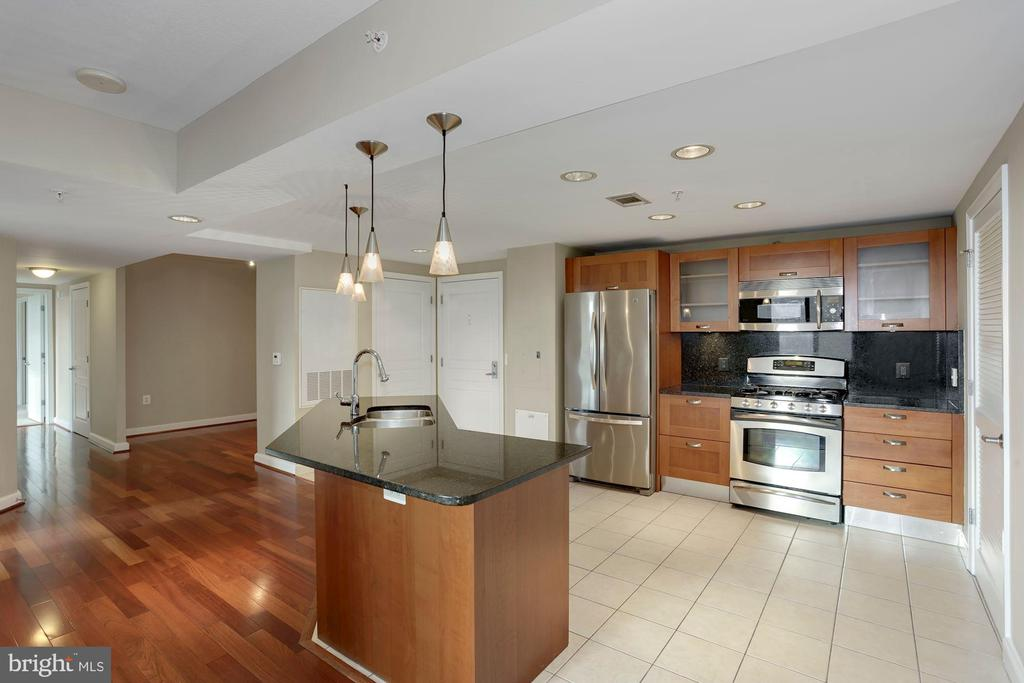 Photo of 2451 Midtown Ave #1522