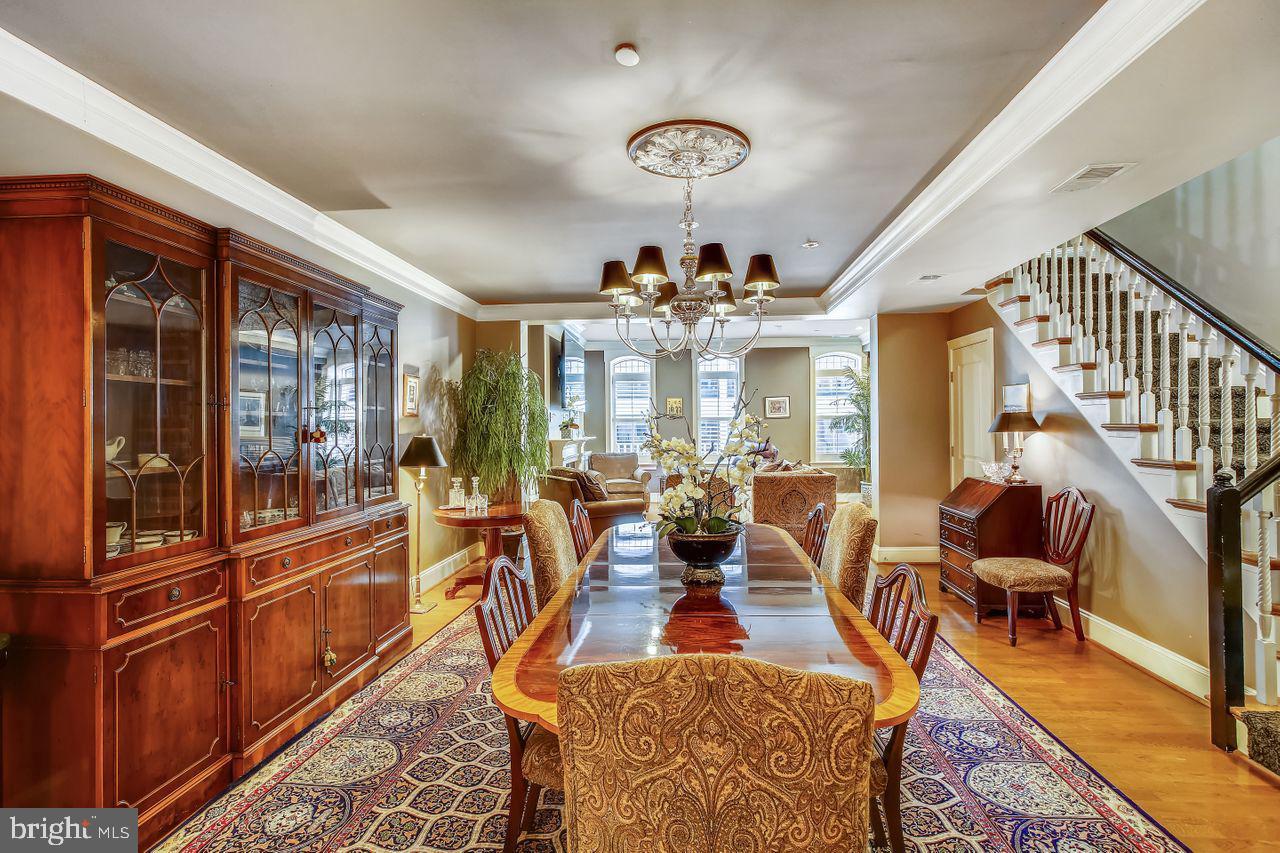 Washington                                                                      , DC - $1,100,000