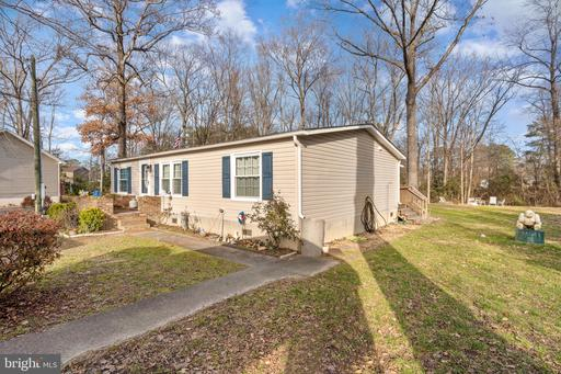 72 Fort King Dr Colonial Beach VA 22443