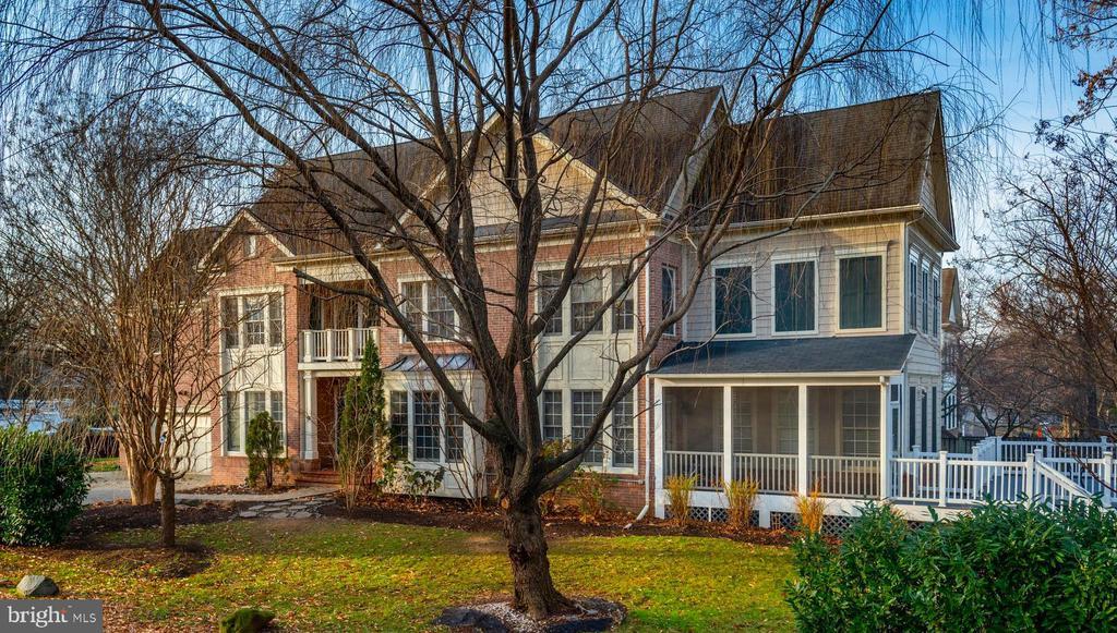 1536 Cedar Ave, McLean, VA 22101