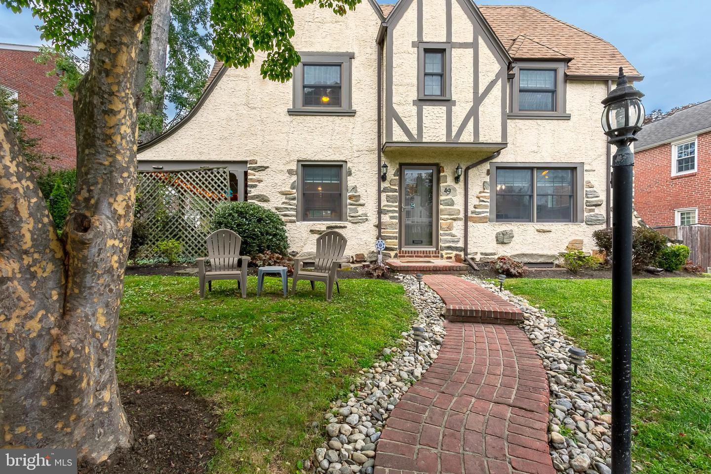 49 Overbrook Parkway Wynnewood, PA 19096