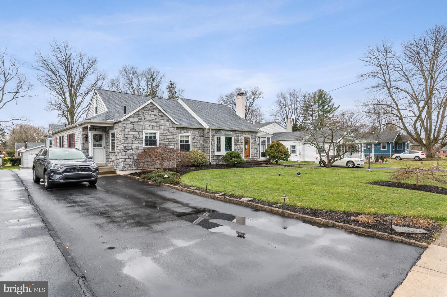432 Pinecrest Road Springfield, PA 19064